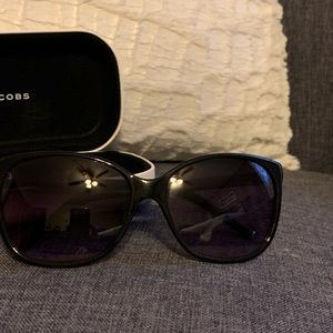 Marc Jacobs Cat Eye Sunnies (used)